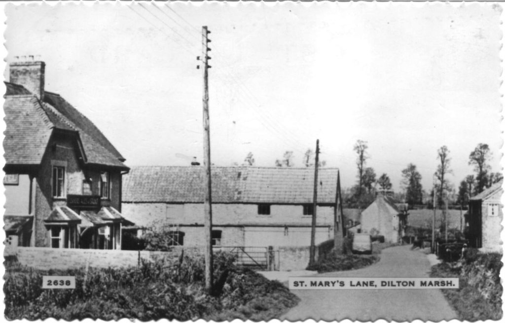 St Marys Lane and pub The George approx 1950